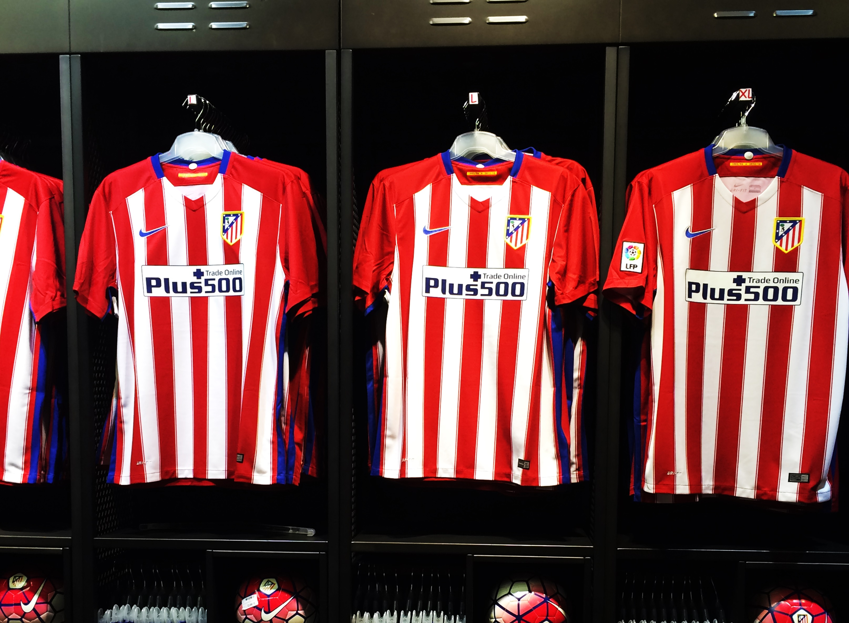 atletico mardrid développement merchandising