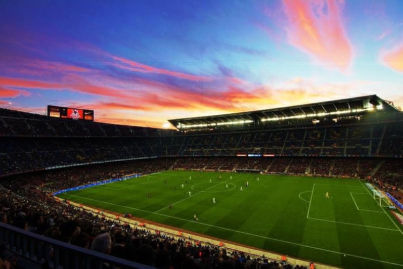 fc barcelone développement parcs à thème