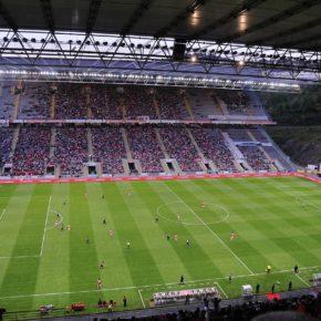 Au Portugal, des stades au bord du vide !