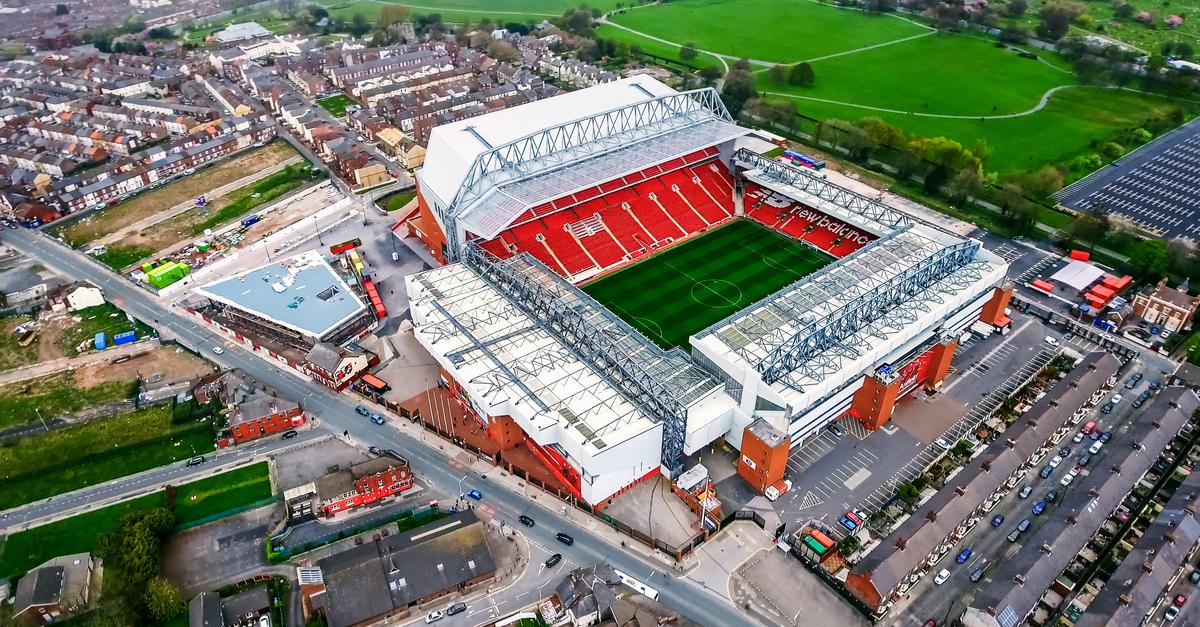 Liverpool FC élargissement activités anfield road